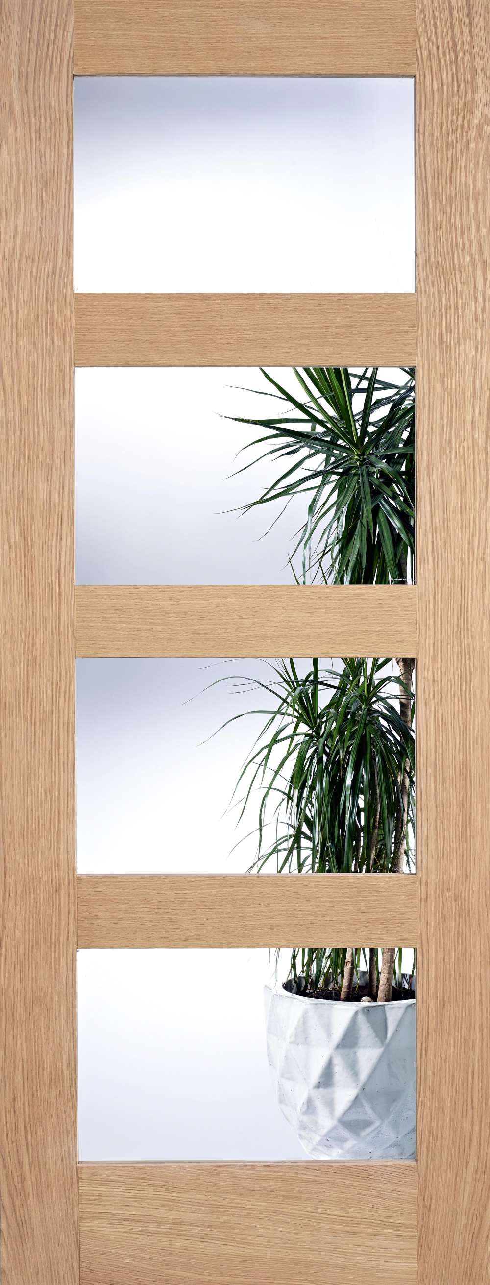Contemporary 4L Oak Clear Glass