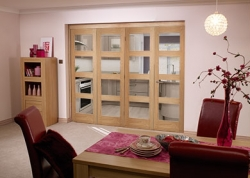 Oak 4L Roomfold - Clear Unfinished: Unfinished Interior Folding Door Image