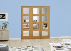 Oak 4L Shaker Frenchfold - Clear Unfinished: Clear Glazed Room Divider Door Image