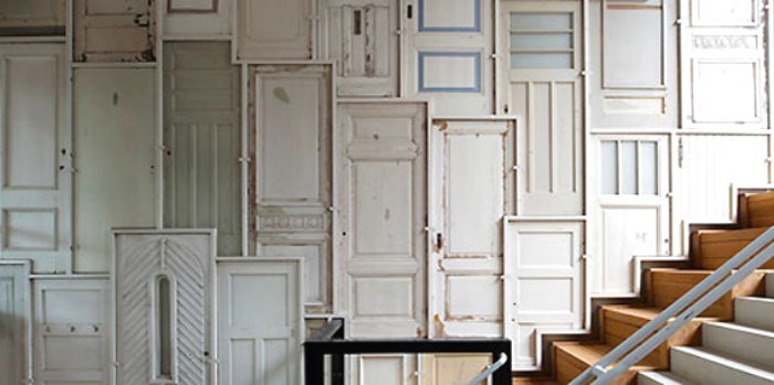 Recycling old doors some unusual ideas vibrant doors blog for Recycled interior doors