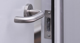 Choosing Handles For Your Internal Doors Image