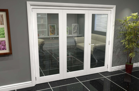 White P10 Roomfold Grande (2 + 1 X 762mm Doors)