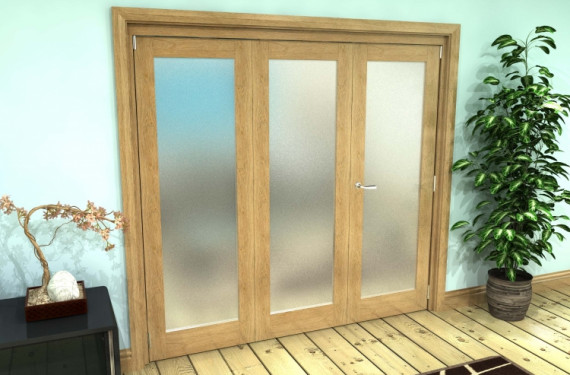 Frosted Glazed Oak Prefinished 3 Door Roomfold Grande (2 + 1 X 686mm Doors)