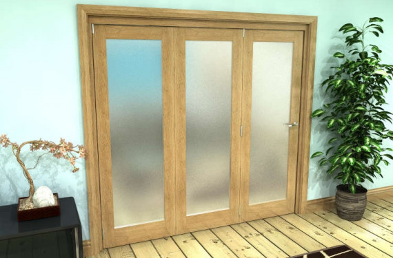Frosted Glazed Oak Prefinished 3 Door Roomfold Grande (3 + 0 X 686mm Doors)