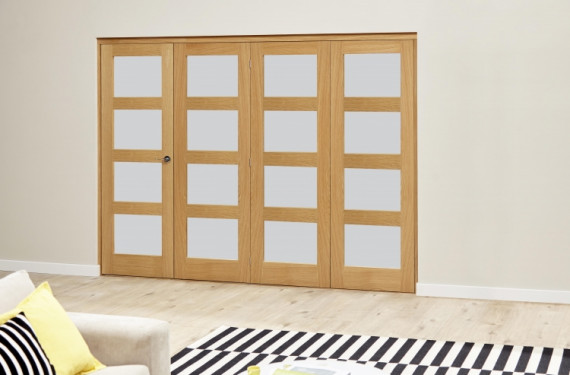 Oak 4l Shaker Glazed Roomfold Deluxe (4 X 610mm Doors)