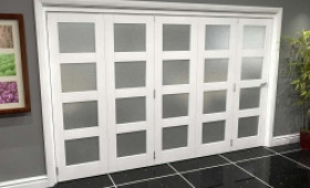 White Frosted 4l Roomfold Grande (5 + 0 X 610mm Doors) Image