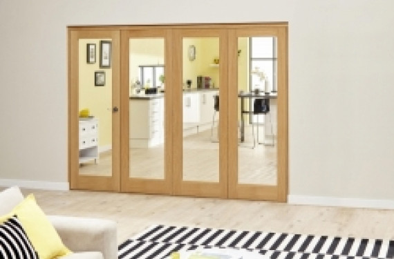 Glazed Oak - 4 Door Roomfold Deluxe ( 4 X 573mm Doors 2400mm Set )