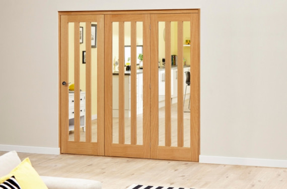 Aston Oak - 3 Door Roomfold Deluxe (3 X 686mm Doors)