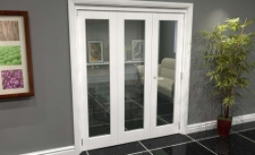White P10 Roomfold Grande (2 + 1 X 610mm Doors) Image