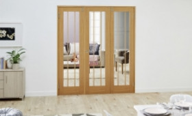 Lincoln Oak - 3 Door Frenchfold (3 X 686mm Doors) Image