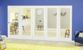 White P10 Roomfold Deluxe ( 5 X 686mm Doors ) Image
