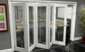 White P10 Roomfold Grande (5 + 0 X 762mm Doors) Image