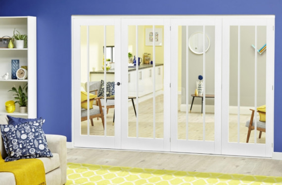White Lincoln Roomfold Deluxe ( 4 X 610mm Doors)