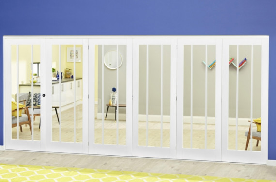 White Lincoln Roomfold Deluxe ( 5 + 1 X 686mm Doors)