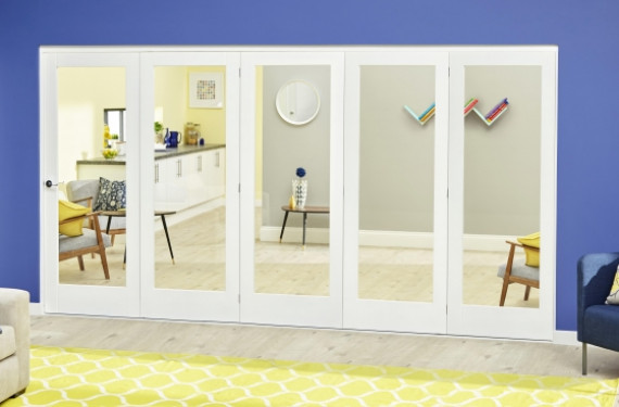 White P10 Roomfold Deluxe ( 5 X 686mm Doors )