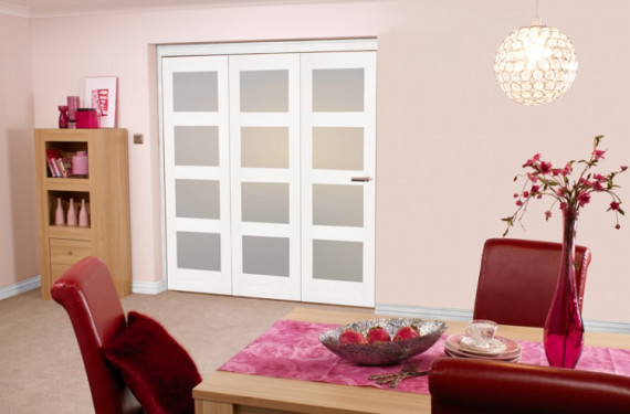 White Shaker 4l Bifold 3 Door (1800mm - 6ft) Frosted